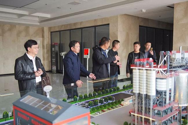 张总介绍中誉鼎力五位一体循环建材产业园项目