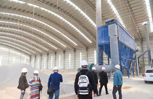 参观蓝天环保多位一体项目建材生产工艺