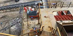 PCZ1512重型锤式破碎机在山西吕