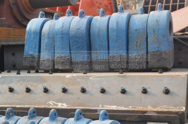 新乡鼎力锤式打砂机之关键部件转子