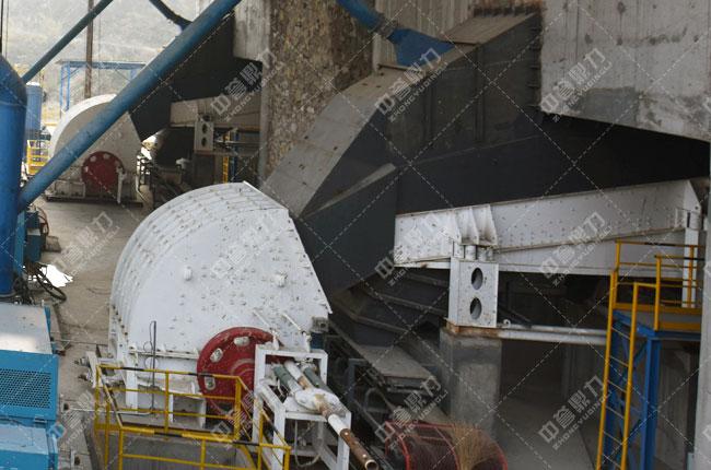 中联水泥时产2500吨骨料生产线头破