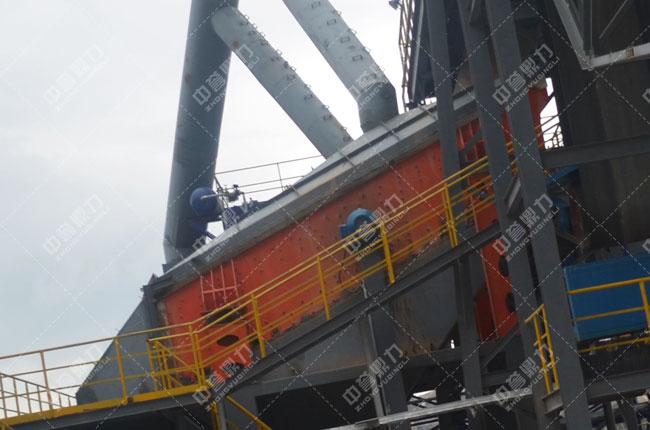 春江水泥时产1500吨骨料生产线振动筛3YKZ3070
