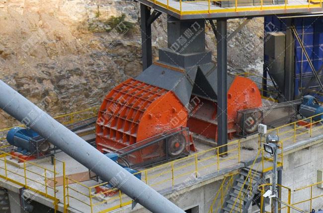 春江水泥时产1500吨骨料生产线整形锤式破碎机PC1220