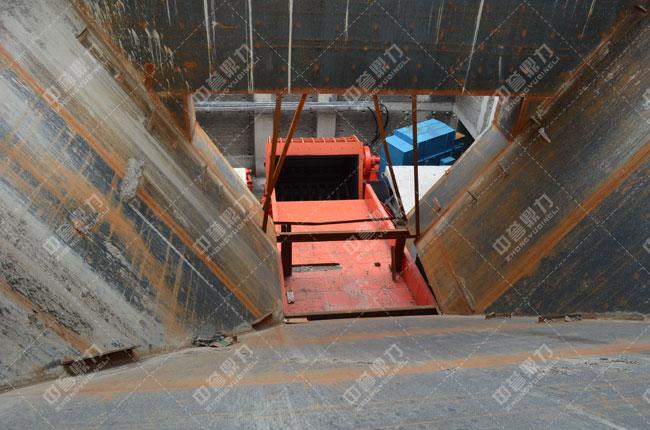 河北白沙时产3000吨石料生产线头破进料口
