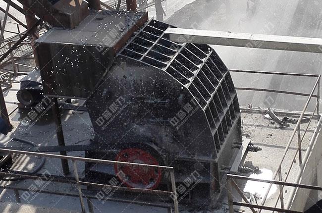 湖北宜昌鸿涛采石场时产700吨砂石生产线细碎